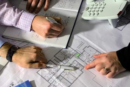 Poate nu va vine sa credeti, dar o constructie este cel mai bine sa se inceapa iarna, chiar in ianuarie, cu planificarea si pregatirea documentatiilor, a avizelor si aprobarilor necesare, astfel incat primavara, cand timpul […]