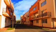 Apartamente Ansamblul dispune de o gama larga de tipuri de apartamente cu doua, trei, patru camere si studiouri. Blocurile destinate locuintelor au regim mic de inaltime P+2+M, oferind 216 apartamente noi. De asemenea in cadrul […]